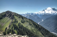 Mt_Rainier_Viewed_From_Crystal_Mt